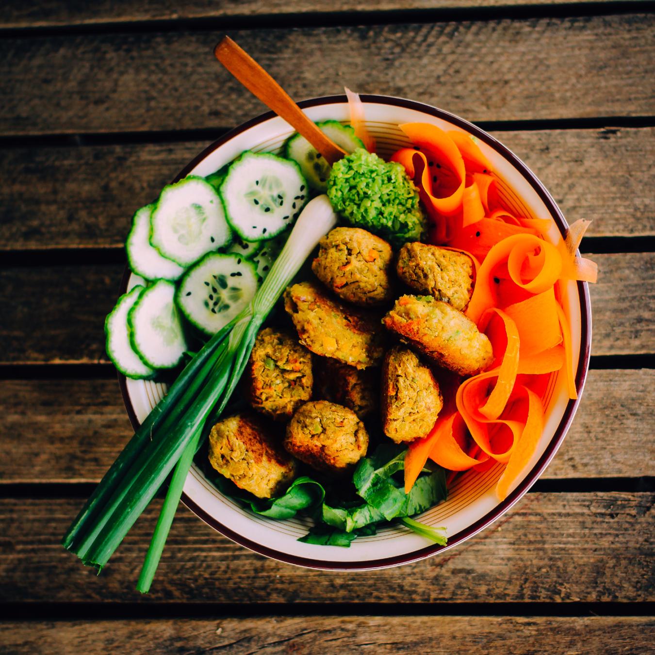 Hjemmelaget vegansk falafel
