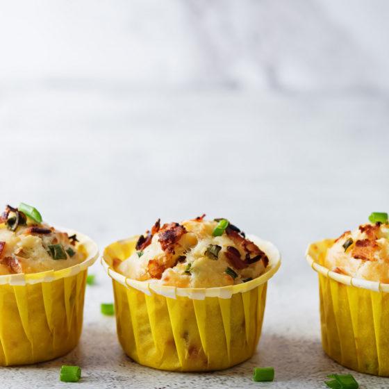 Eggmuffins med bacon og ost